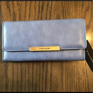 TAHARI Royal Flush Clutch Wallet